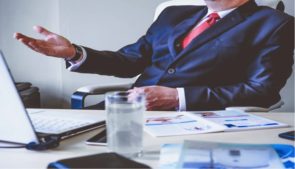 Hiring managers need to be updated regularly on the recruitment process