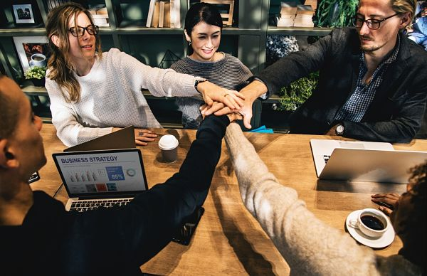 THE IMPORTANCE OF TRAINING EMPLOYEES FOR YOUR BUSINESS